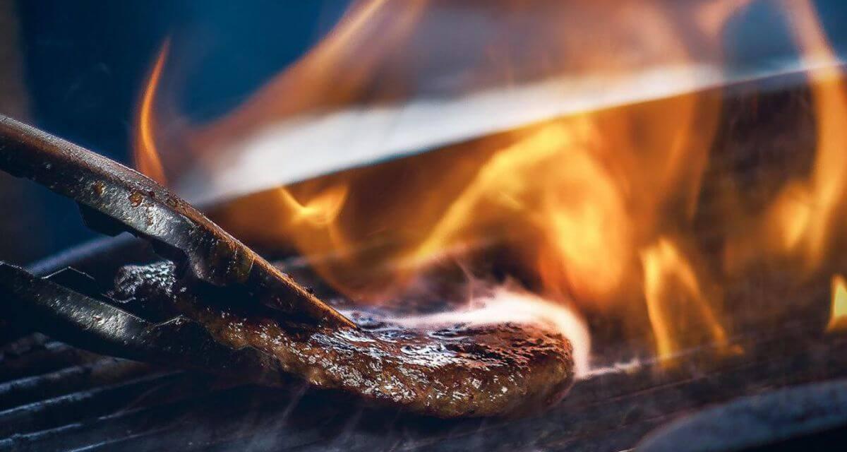 Burger Fleisch regional Beef Rindfleisch NRW kontrolliert nachhaltig Foodtruck Catering