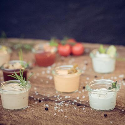 Selbstgemachte Soßen Dips Salsa Lieblingsburger Businesscatering Streetfood